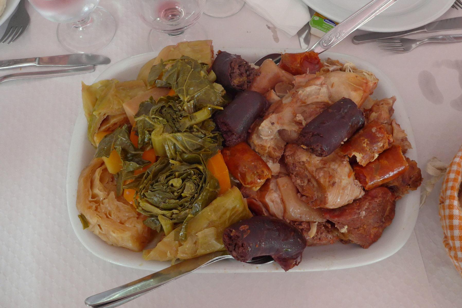Cozido das Furnas - São Miguel, Açores