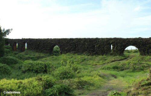 """Aqueduto – """"Muro das Nove Janelas"""""""