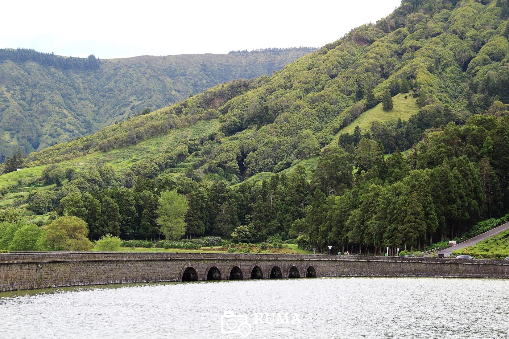 Ponte da Lagoa das Sete Cidades