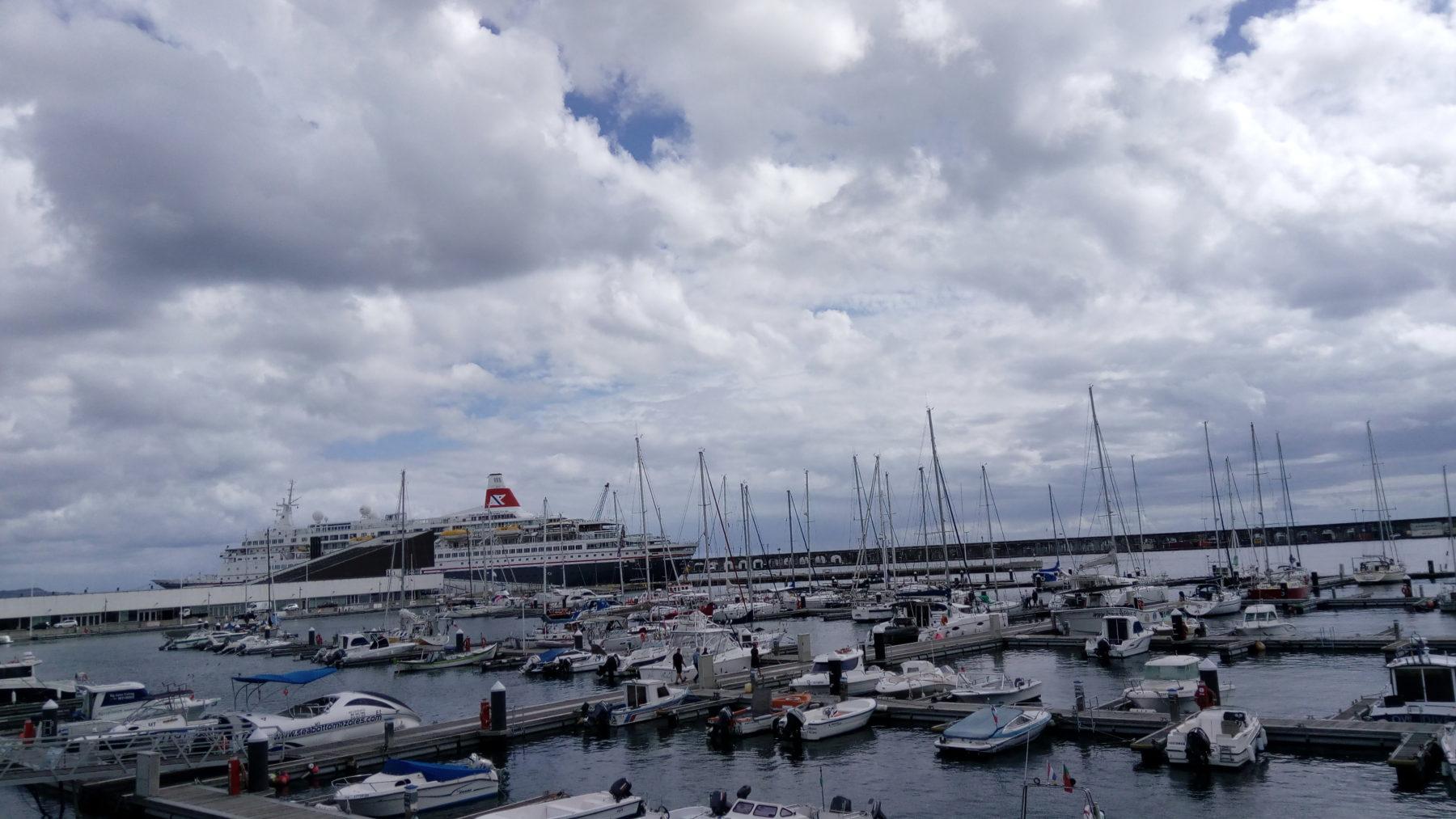 Portas do mar, Ponta Delgada