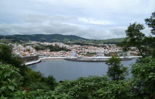 Viagens baratas: Lisboa / Porto para Ilha Terceira ida e volta por 45€