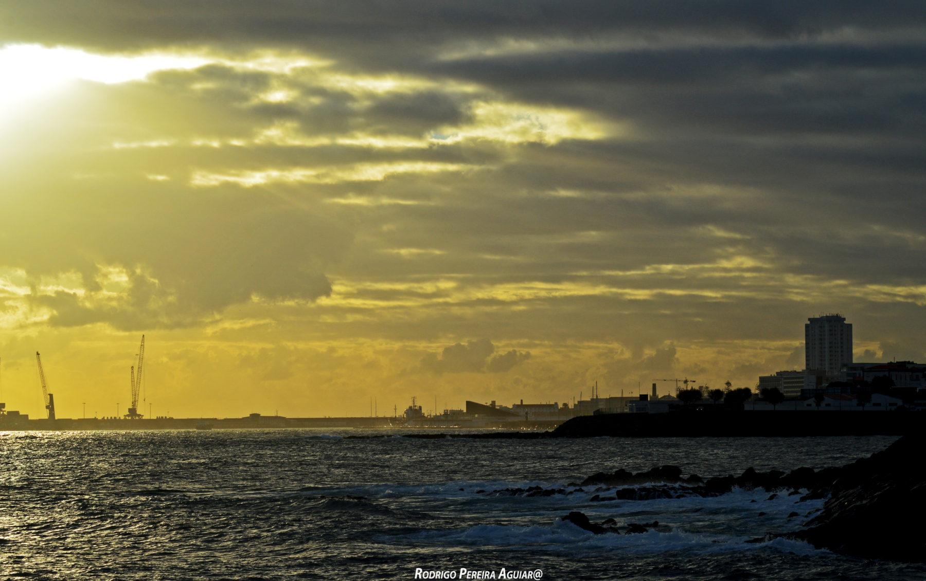 Vista de São Roque para Ponta Delgada