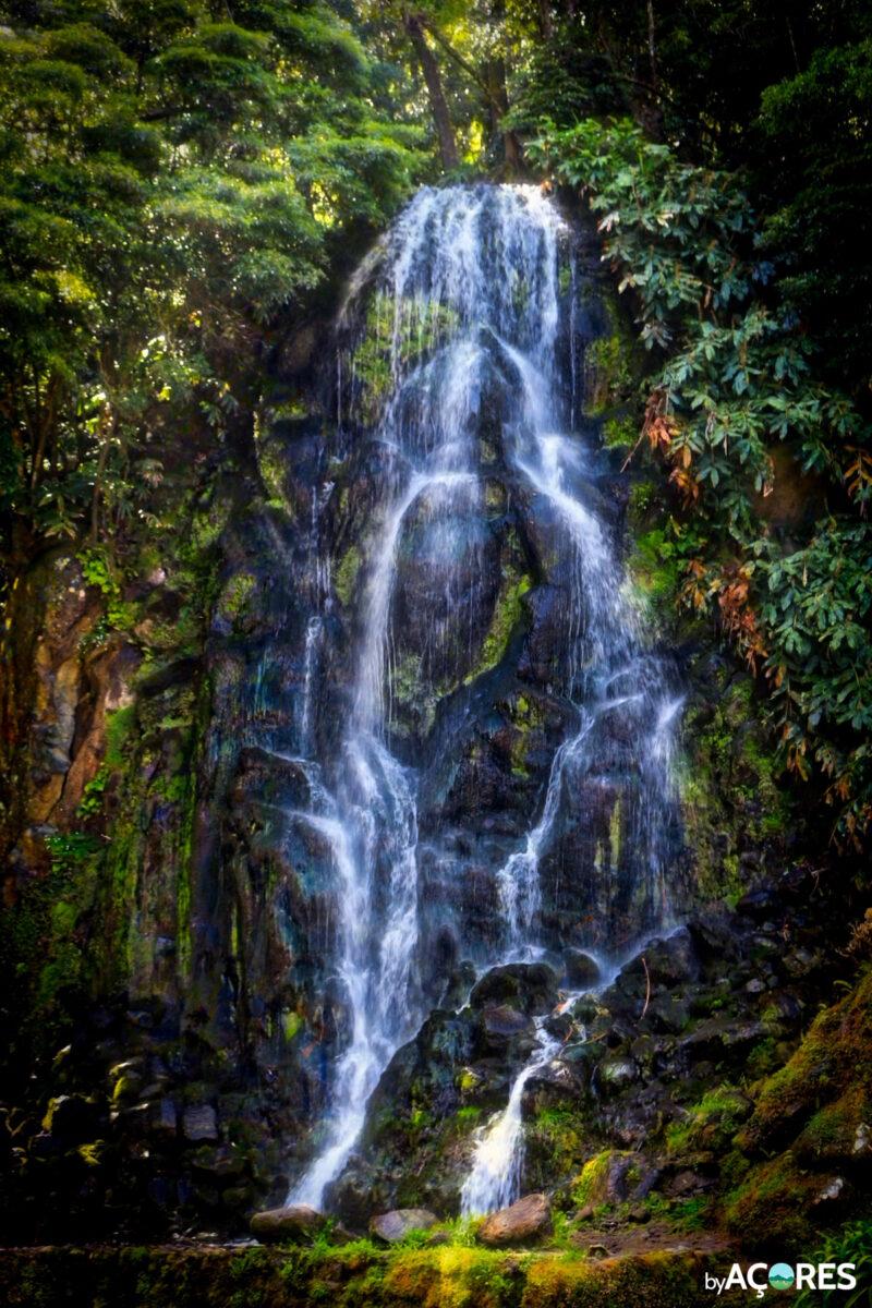 Cascata do Parque Natural da Ribeira dos Caldeirões