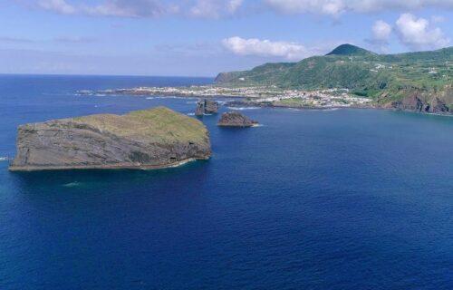 Piscinas Naturais dos Mosteiros vistas do céu – imagens simplesmente magníficas