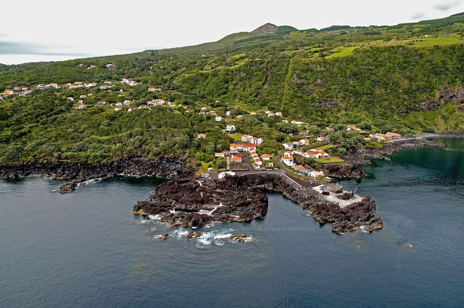 Piscinas do Varadouro - Ilha do Faial - Açores