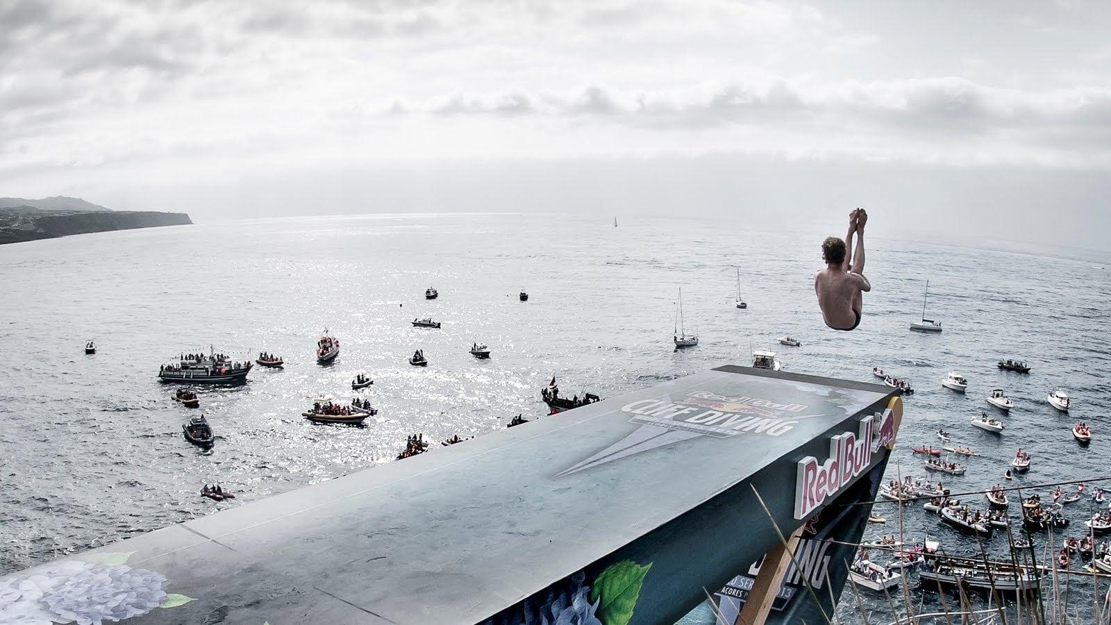 RedBull Cliffdiving 2018 – Os melhores momentos (imagens arrepiantes)