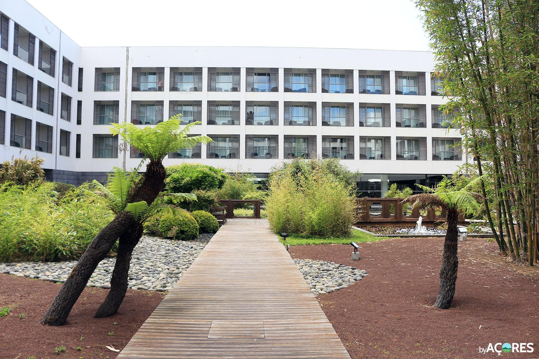 Azoris Royal Garden Hotel - Jardim Japonês