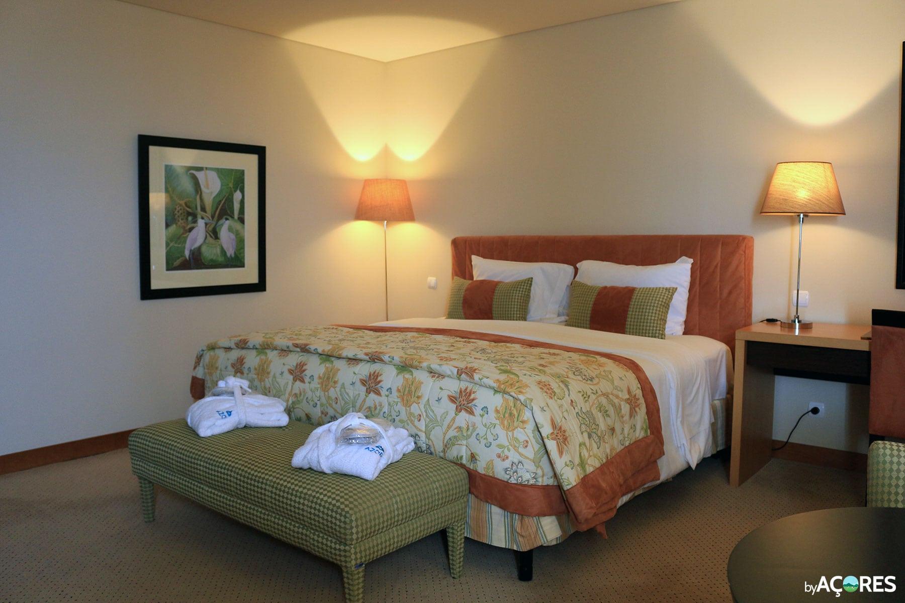Azoris Royal Garden Hotel - Quarto