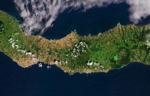 Ilha de São Miguel vista a partir do espaço – Foto incrível