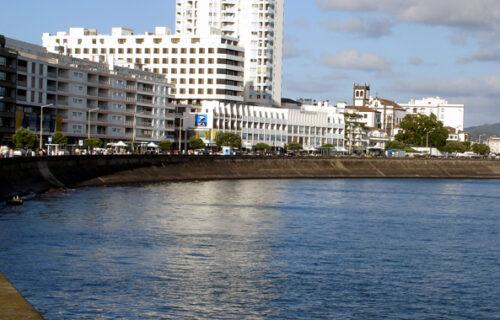 Avenida Marginal Ponta Delgada em 2006