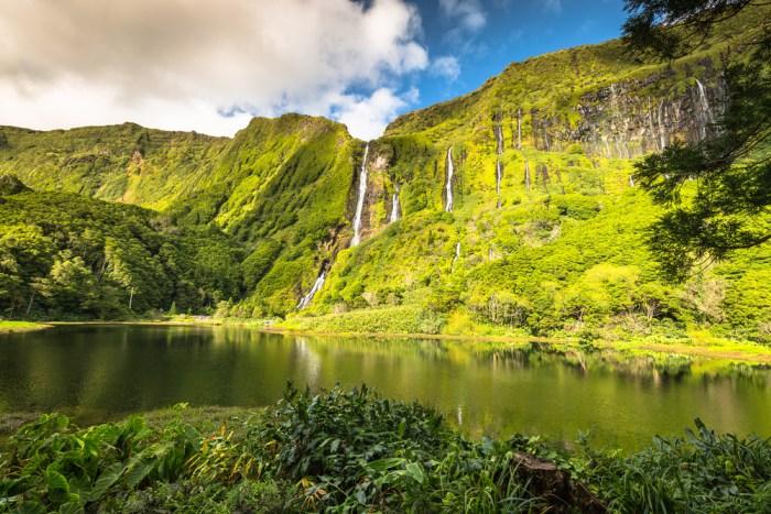 Poço da Ribeira do Ferreiro, Flores - Azores