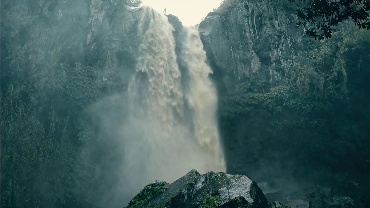 """""""Waterfalls"""", Cascatas Ilha de São Miguel por João Câmara"""