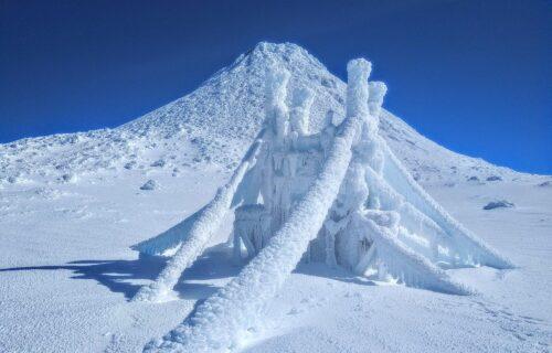 Fotos únicas e incríveis da Montanha do Pico com neve (Fevereiro 2019)