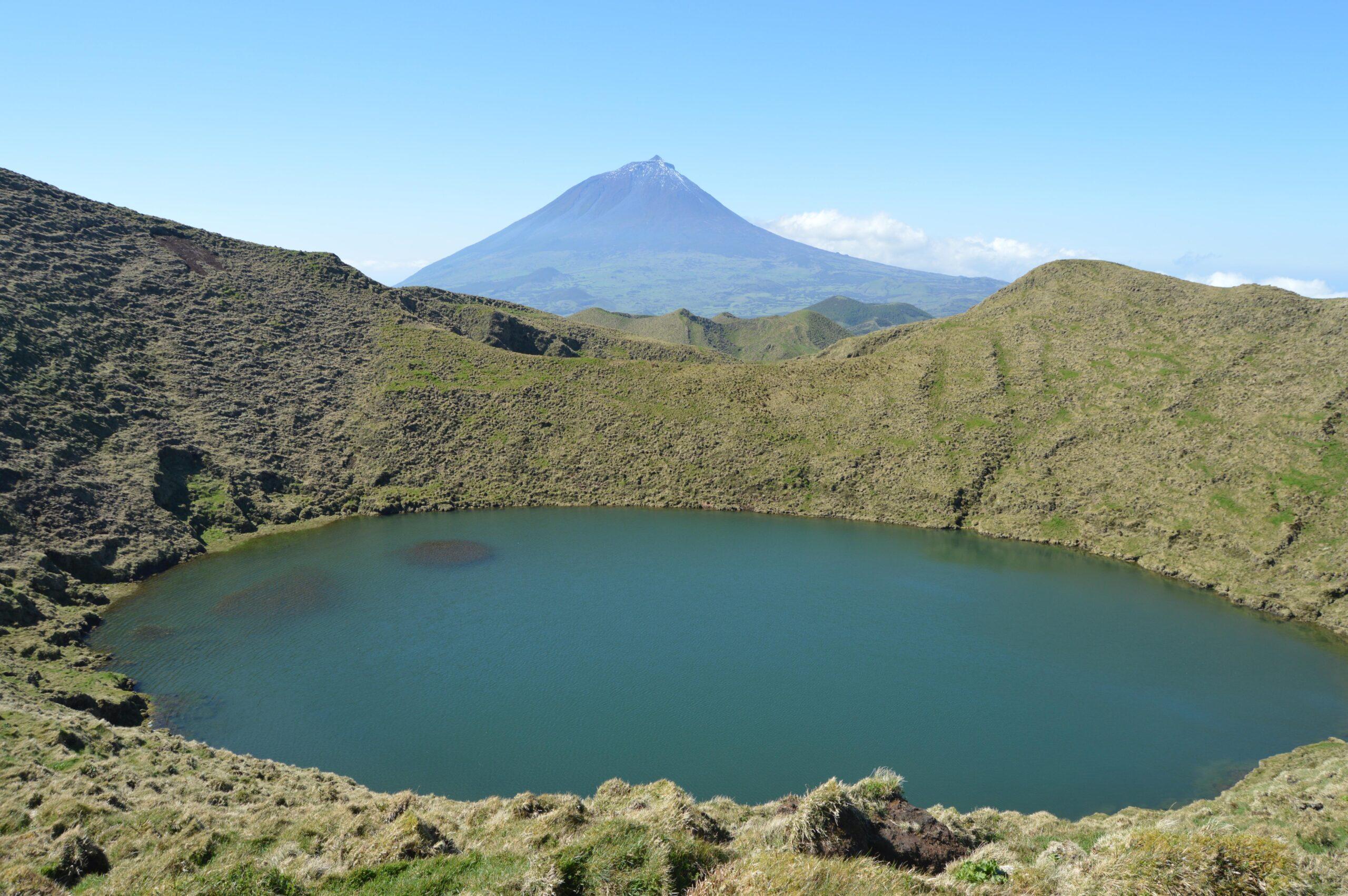 Lagoas do Pico