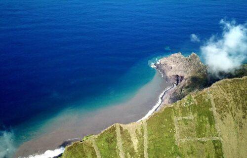 Imagens incríveis do Corvo, a ilha mais pequena dos Açores
