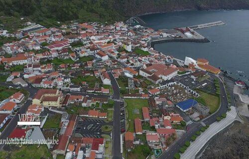Vila das Velas de São Jorge vista do céu, imagens simplesmente magníficas