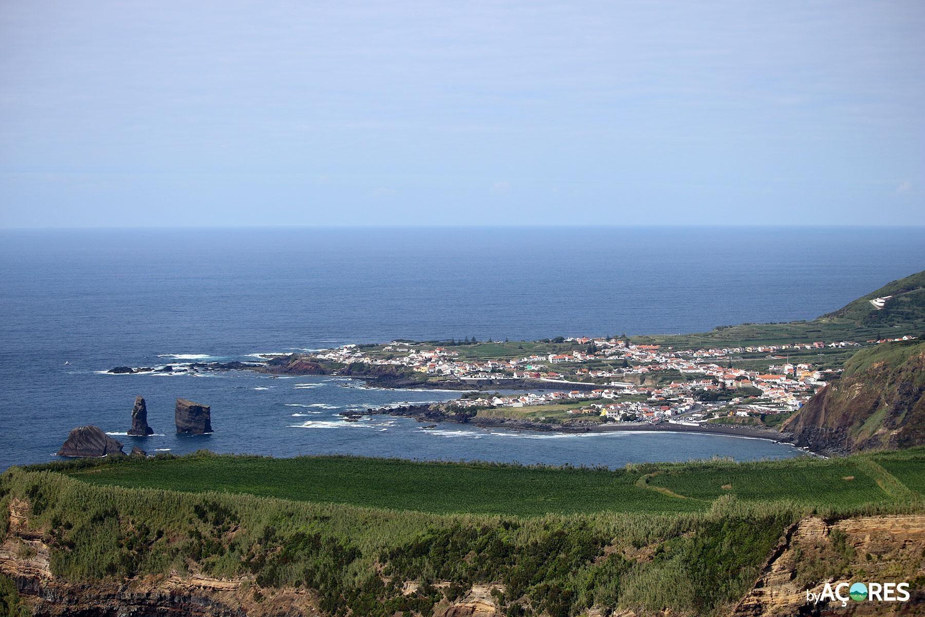 Mosteiros vista Miradouro da Ponta do Escalvado