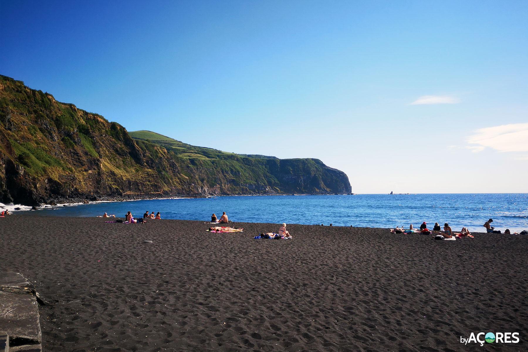 Praia dos Mosteiros - Areia Preta / Vulcânica - São Miguel, Açores