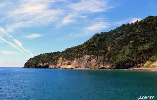 Costa Ribeira Quente, Povoação