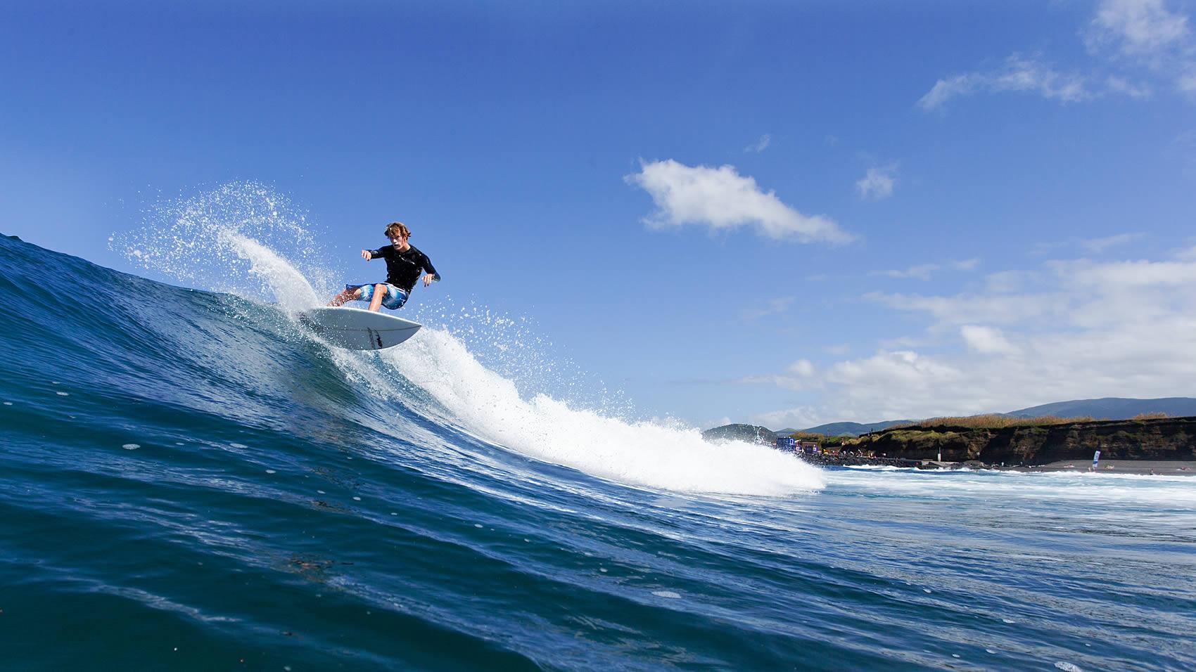 Surf - Areal de Santa Bárbara, Ribeira Grande - São Miguel, Açores