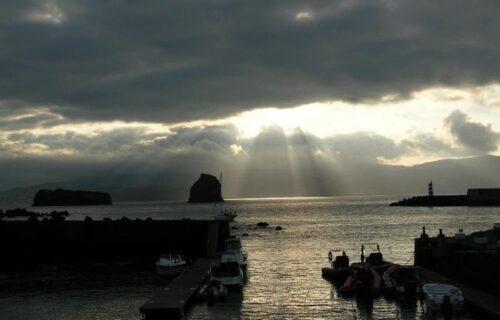 Olhando o Faial, na ilha do Pico