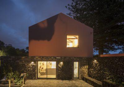 Pink House - São Miguel - Açores - Foto 01