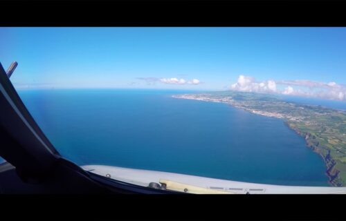 Aterragem em Ponta Delgada, Ilha de São Miguel