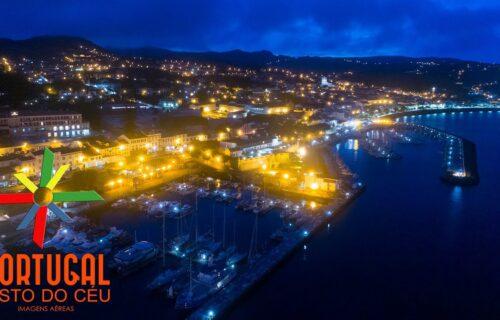 Cidade da Horta (Faial) ao anoitecer vista do céu, imagens simplesmente magníficas